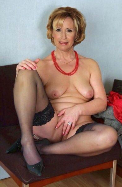 Calista, 54 cherche une complicité sexuelle