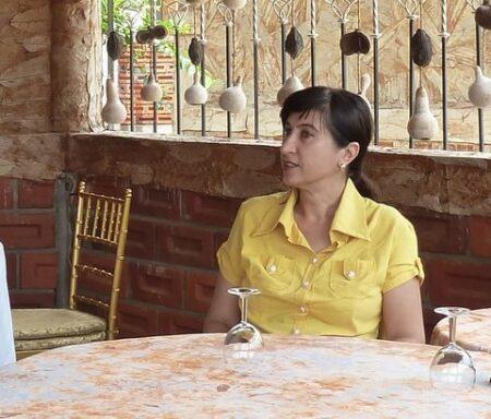 Asma cherche une histoire
